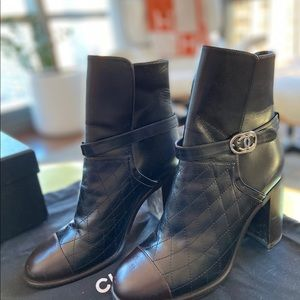 AUTHENTIC Chanel black quilted booties